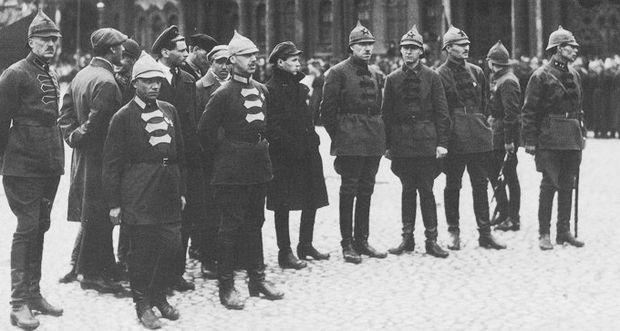 Воинские звания и знаки различия РККА 1918 - 1943гг.