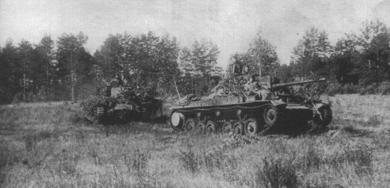 Советские танки «Валентайн IX» выдвигаются на боевые позиции. 5-я гвардейская танковая армия. Лето 1944 года