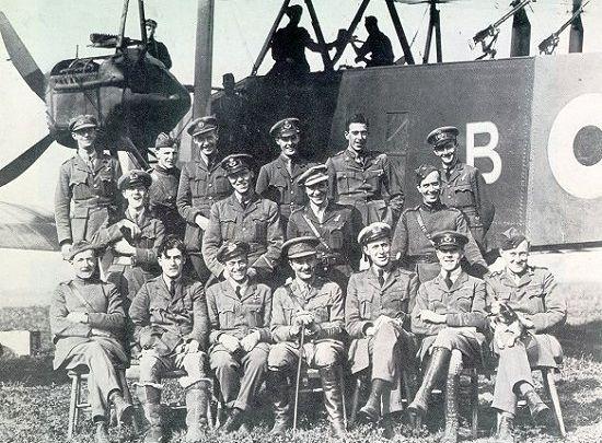 Офицеры 207 эскадрона Royal Air Force, 29 август 1918г